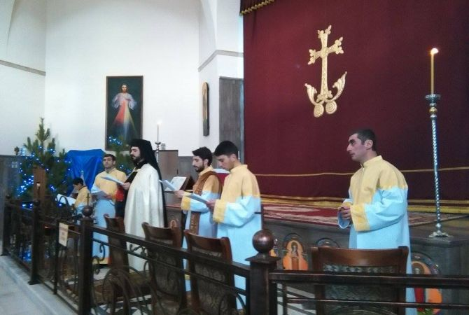 followers of catholic church celebrate christmas in armenia armenpress armenian news agency - Do Catholics Celebrate Christmas