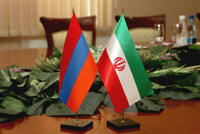 Armenian Defense Ministry officials discuss development of cooperation in Iran