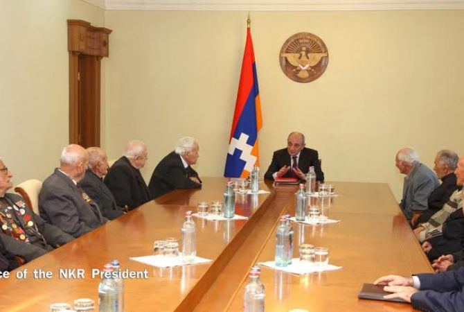 President of Artsakh discusses Constitutional reforms with Great Patriotic and labor veterans and representatives of the Artsakh Republican Party