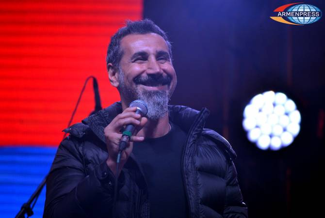 Armenian culture ministry denies media reports on transferring money to SOAD's Serj Tankian 