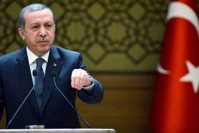 Эрдоган заявил, что Турция не намерена менять свой курс из-за экономического давления