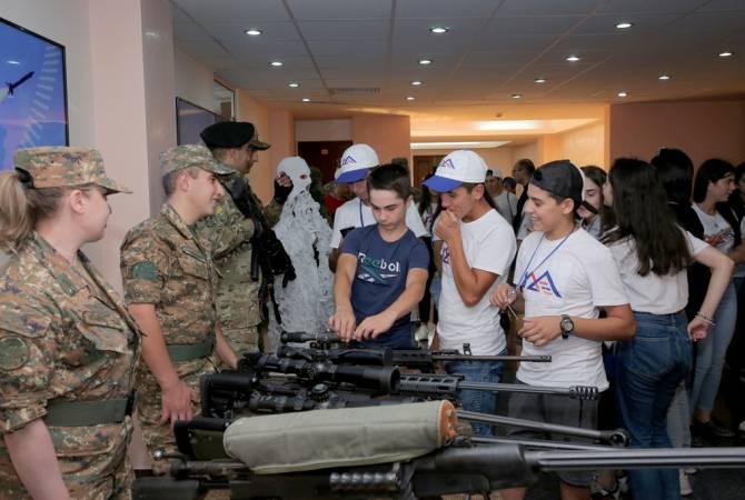 Участники проекта  «Шаг к  дому» - в министерстве  обороны
