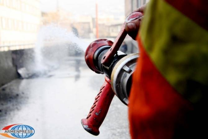 На территории клиники «Арменикум» вспыхнул пожар