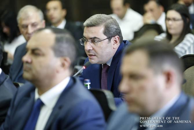 Решение о снижении подоходного налога будет принято на днях: Давид Ананян