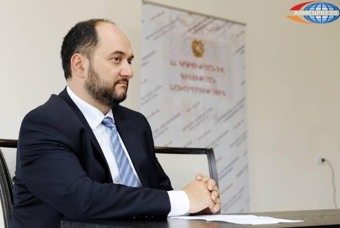 Внедрение Араратского бакалавриата во все старшие школы будет полезно — Араик Арутюнян