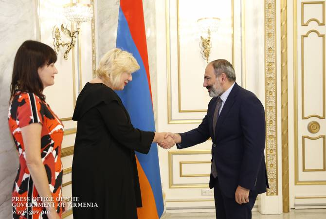 Премьер-министр Армении принял комиссара Совета Европы по правам человека