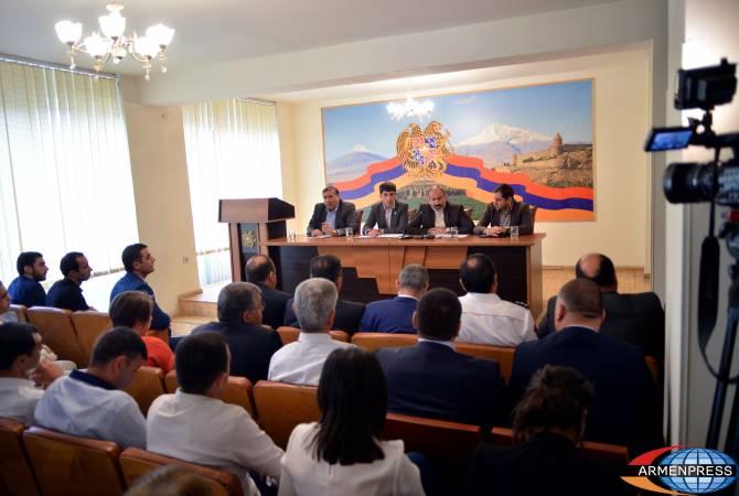 Премьер-министр считает важным повышение эффективности использования системы орошения
