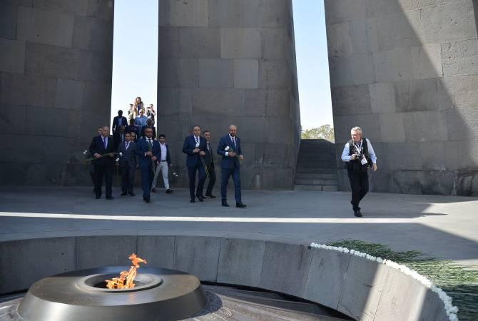 Премьер-министр Бельгии: Важно хранить память о жертвах, чтобы предотвратить подобные преступления в будущем