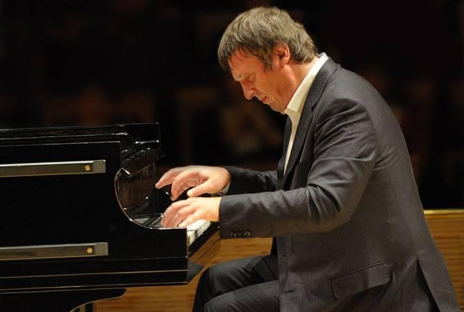 Концерт всемирно известного пианиста Бориса Березовского отложен