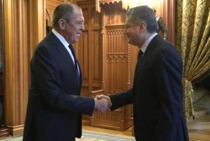 Сергей Лавров и Тигран Саркисян обменялись мнениями по международной повестке деятельности ЕАЭС