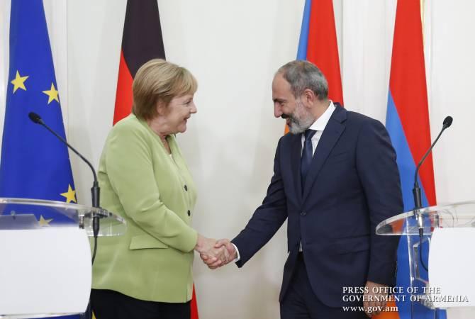Ангела Меркель поздравила Никола Пашиняна с победой на выборах