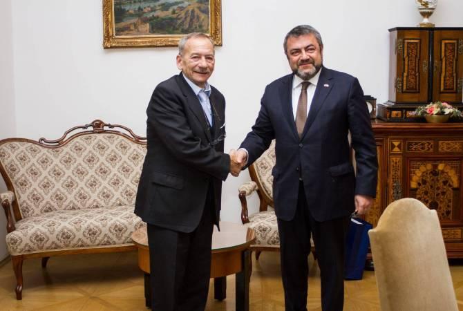 Посол Армении встретился с председателем Сената парламента Чешской Республики