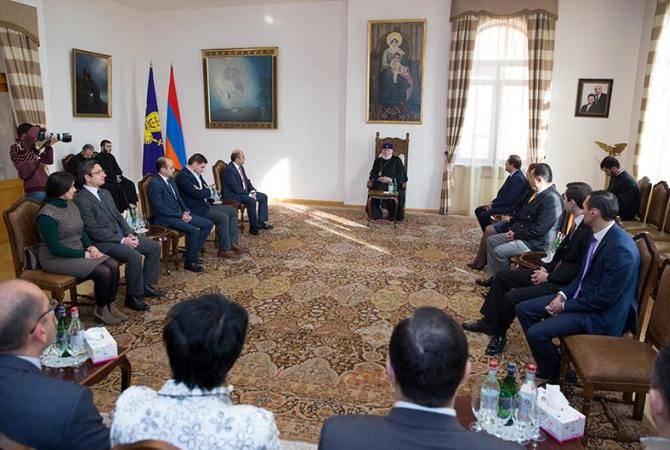 Католикос Гарегин II принял членов будущей парламентской фракции партии «Просвещенная Армения»