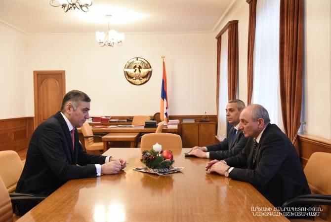 Бако Саакян принял посла Армении в Австрии Армена Папикяна