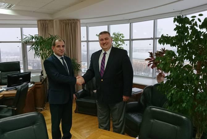 Посол Армении встретился с заместителем министра иностранных дел Беларуси