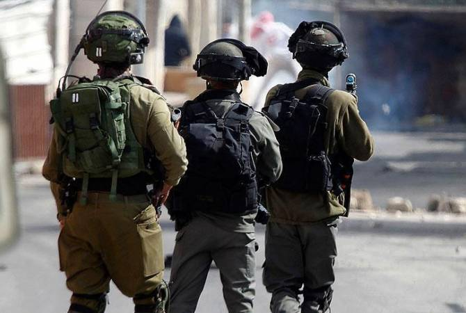 Израильские военные арестовали 16 палестинцев и изъяли оружие на Западном берегу