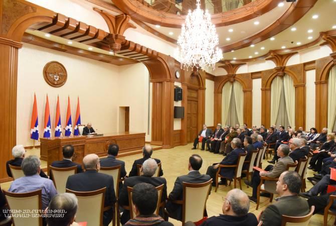Бако Саакян приветствовал проведение Общего собрания АРФД в Арцахе