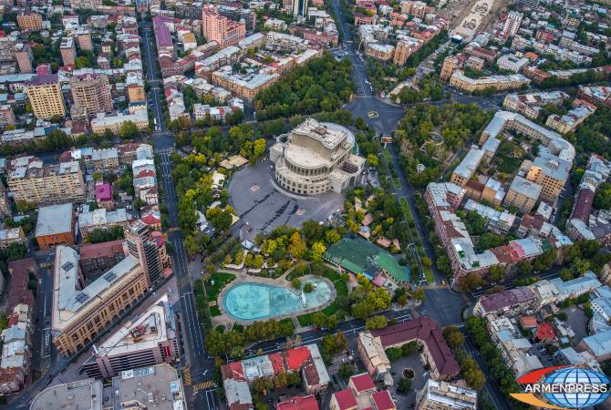 Yerevan to have new park instead of cafes outside Opera House