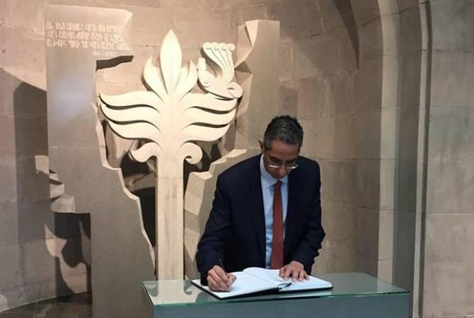 Министр обороны Кипра Саввас Ангелидис посетил мемориал жертвам Геноцида армян