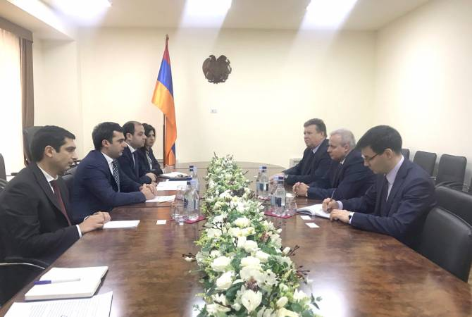 Armenian minister, Russian Ambassador discuss cooperation prospects in high technologies