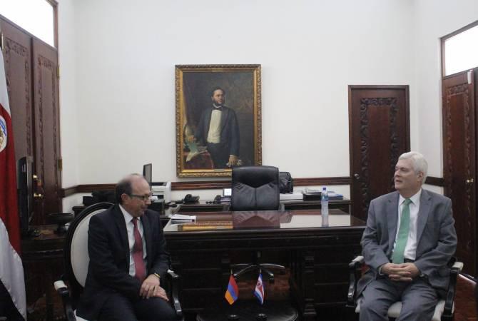 Посол Айвазян посетил с рабочим визитом Коста-Рику