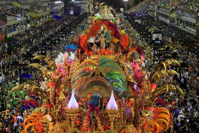 Исследование: каждый бразилец потратит на карнавал в среднем по $170