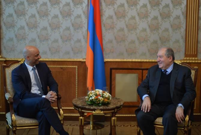 Президент Армении и спецпредставитель подчеркнули важность участия Армении в международных миротворческих миссиях