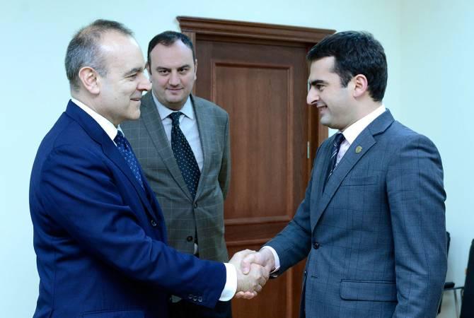 Акоп Аршакян обсудил с послом Италии возможности армяно-итальянского сотрудничества в ряде сфер