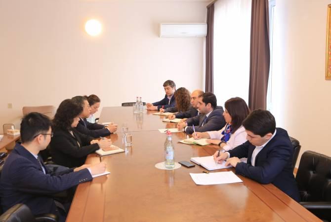 Сурен Папикян принял посла Китая в Армении