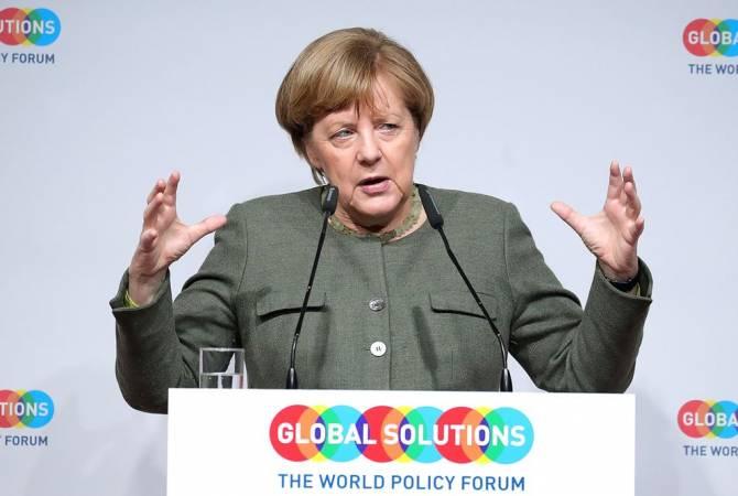 Меркель: ЕС ждет новых предложений по Brexit и постарается реагировать на них адекватно