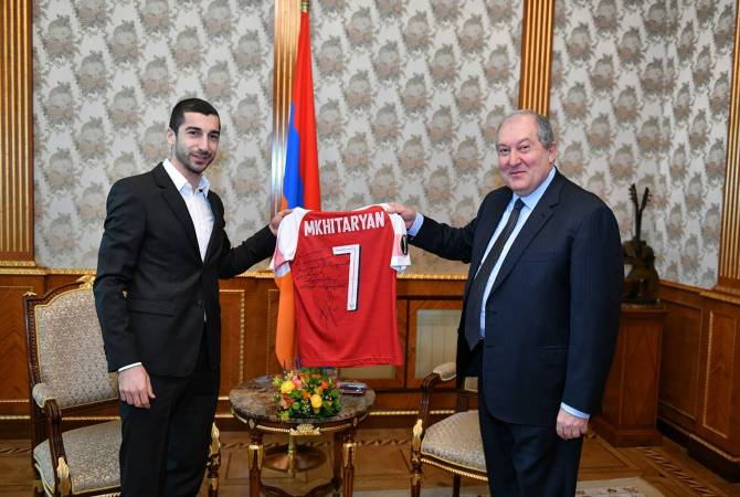 """Had the pleasure to meet with the President"" – Mkhitaryan after Sarkissian meeting"
