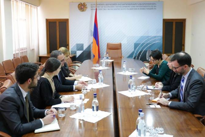 Тигран Хачатрян и посол США обсудили возможности углубления экономических отношений между двумя странами