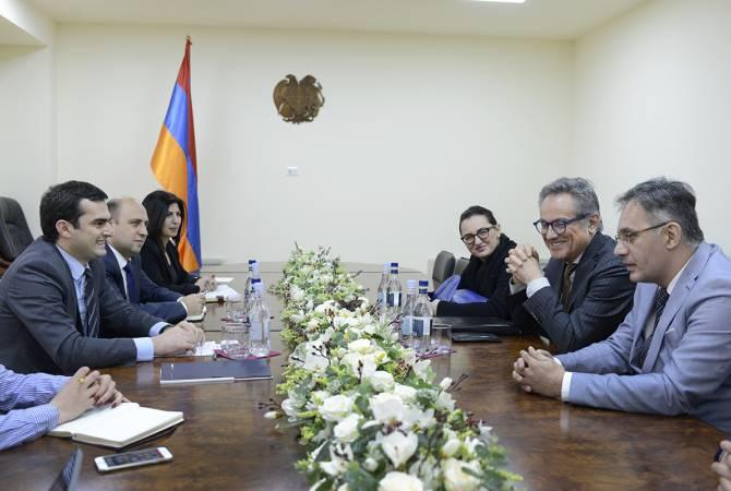 АРМЕНИЯ: Итальянская компания заинтересована в дорожно-строительных проектах в Армении