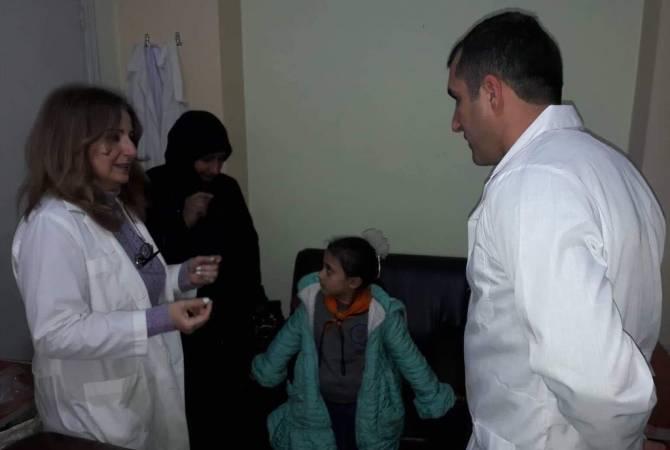 К армянским врачам, осуществляющим гуманитарную миссию в Сирии, обращаются также местные жители
