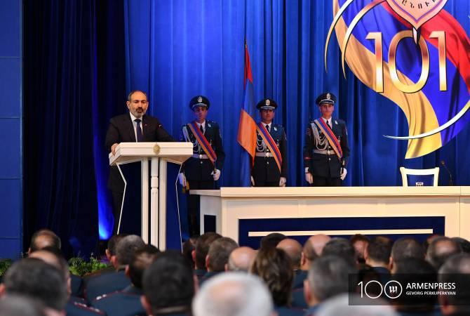 Полиция каждый день должна стремиться к совершенству: Премьер-министр Армении поздравил полицию со 101-ой годовщиной