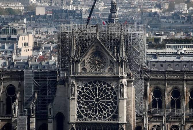 Франция проведет международный конкурс для восстановления шпиля собора Нотр-Дам