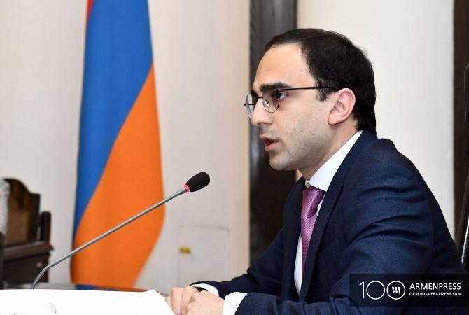 Тигран Авинян считает сокращение числа министерств предварительным этапом реформирования общей системы гражданской службы