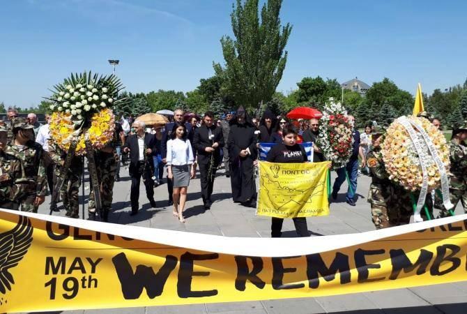 Представители греческой  общины  Армении почтили память жертв  Геноцида понтийских греков