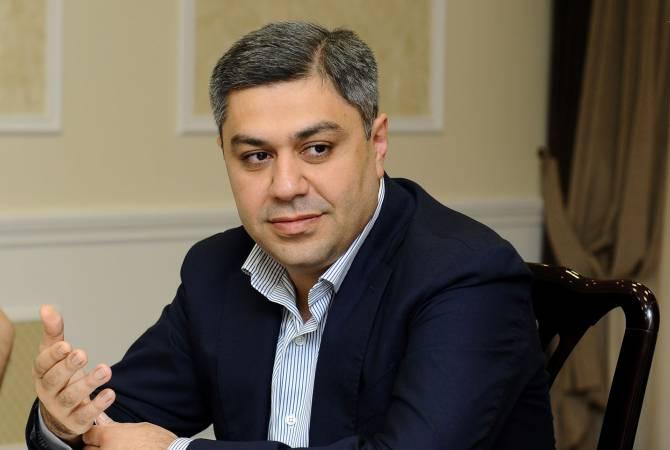 Директор СНБ представил два варианта решения ситуации в Иджеване