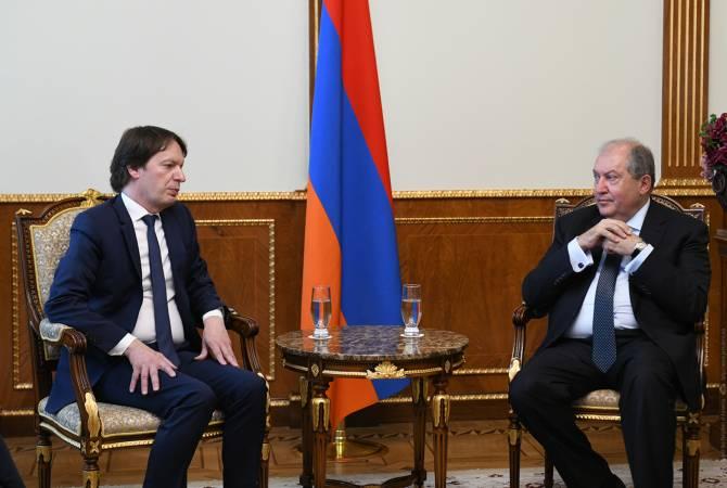 Le président Armen Sarkissian a reçu la délégation de la société française Arterail