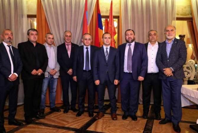 Заре Синанян встретился с представителями Московского комитета Ай Дат АРФД