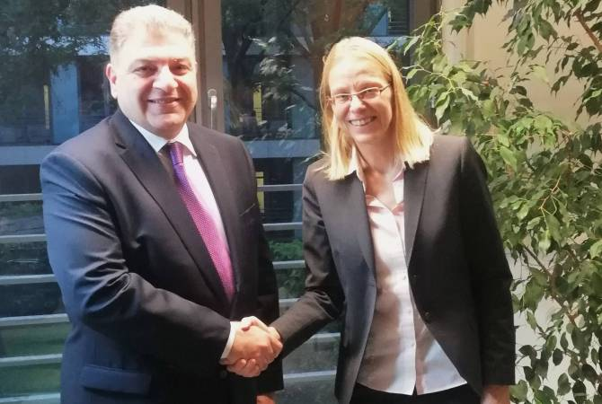 Armenian MFA's Secretary General meets Director of Central Service at German Federal Foreign 