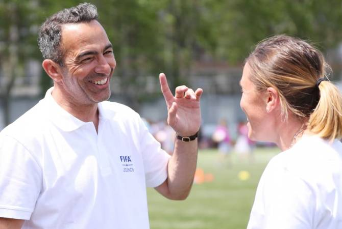 Youri Djorkaeff to visit Armenia in October