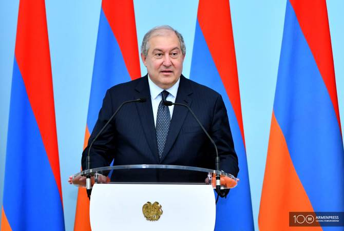 President Sarkissian receives congratulatory messages on the occasion of Independence Day