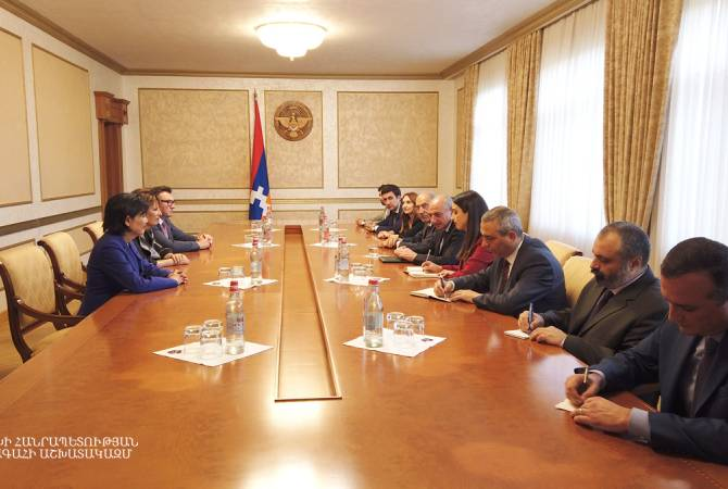 President of Artsakh holds meeting with members of US Congress