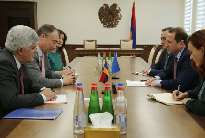 Armenian Defense Minister, EU Special Representative discuss NK conflict