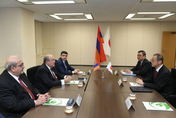 Արմեն Սարգսյանը հանդիպել է Ճապոնիայի Միջուկային կարգավորման գործակալության նախագահի հետ