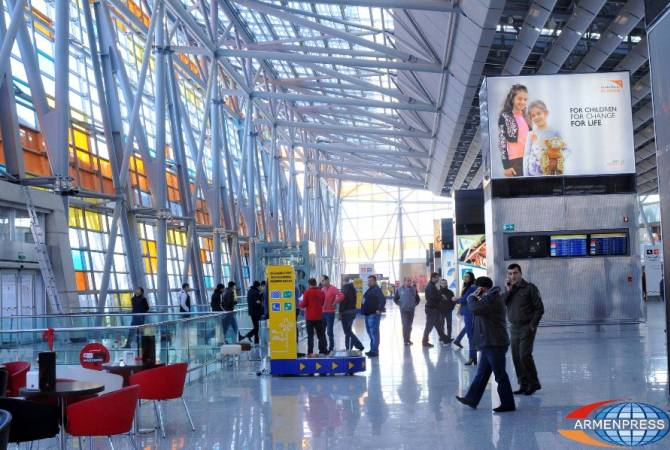 3 Yerevan airport employees arrested for stealing $4000 worth jewelry from passenger's luggage