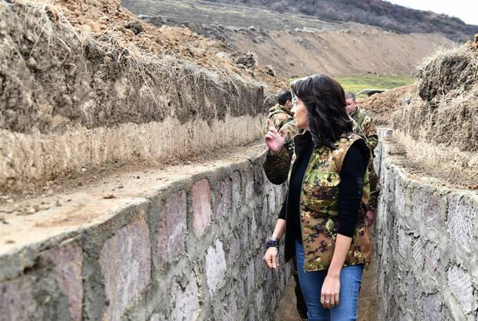 ՀՀ վարչապետի տիկինն այցելել է սահմանամերձ Մովսես գյուղ