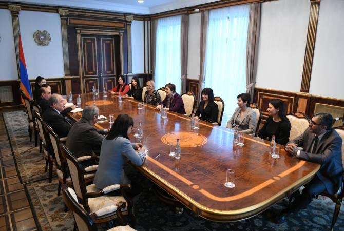 Армен Саркисян принял представителей команды ЮНИСЕФ в Армении